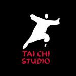 logo TAICHISTUDIO_na czarnym